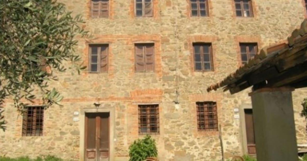 Marcello mastroianni la villa di lucca in vendita il costo 1 milione e 200 mila euro foto - Casa in canapa costo ...