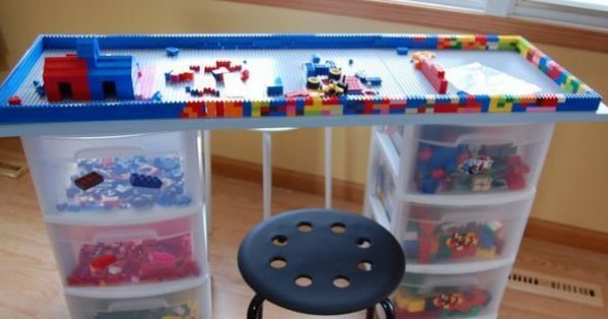 lego table 14 diy ideas for your kids 39 playroom huffpost canada. Black Bedroom Furniture Sets. Home Design Ideas