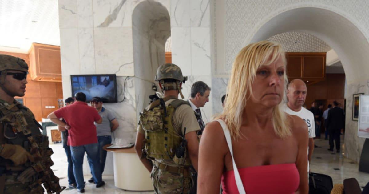 photos attentat en tunisie les images de l 39 h tel apr s l. Black Bedroom Furniture Sets. Home Design Ideas