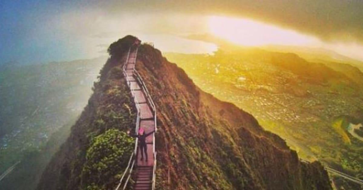 la proibita stairway to heaven delle hawaii sar aperta. Black Bedroom Furniture Sets. Home Design Ideas