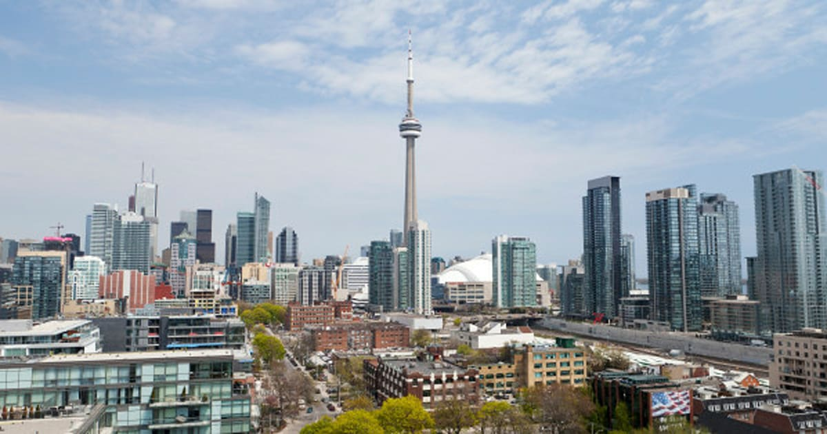the new york times names toronto seventh best city to visit huffpost canada. Black Bedroom Furniture Sets. Home Design Ideas