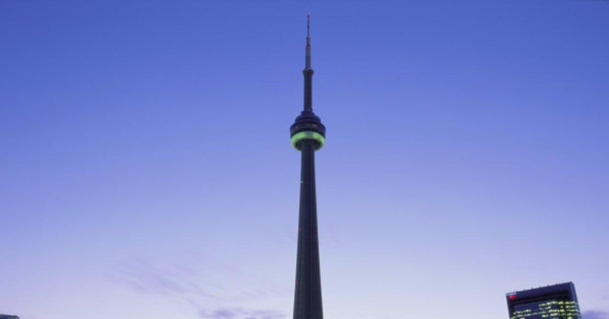 How many floors is the cn tower climb thefloorsco for How many floors in the cn tower