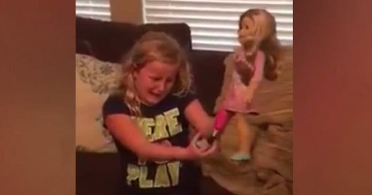 Doll With Prosthetic Leg Moves This Little Girl To Tears ...