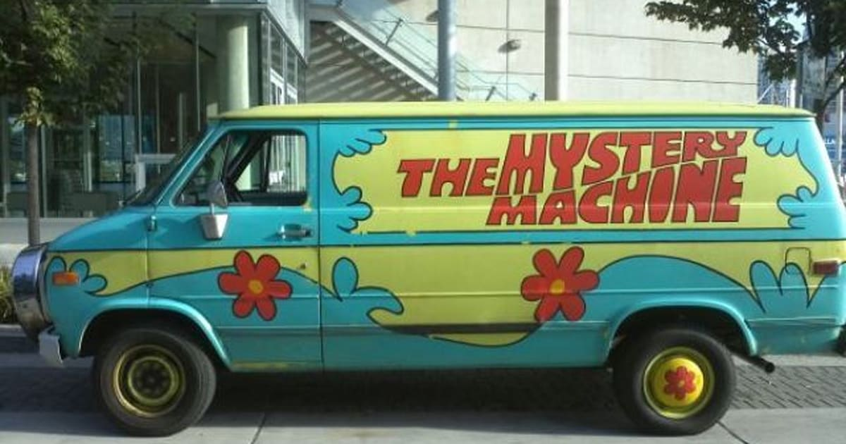mystery machine for sale scooby doo van on craigslist ebay huffpost canada. Black Bedroom Furniture Sets. Home Design Ideas