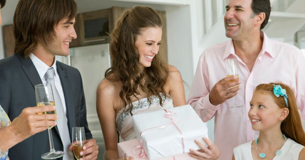 Wedding Gift Canada: Wedding Gift Costs: How Much Do Canadians Spend