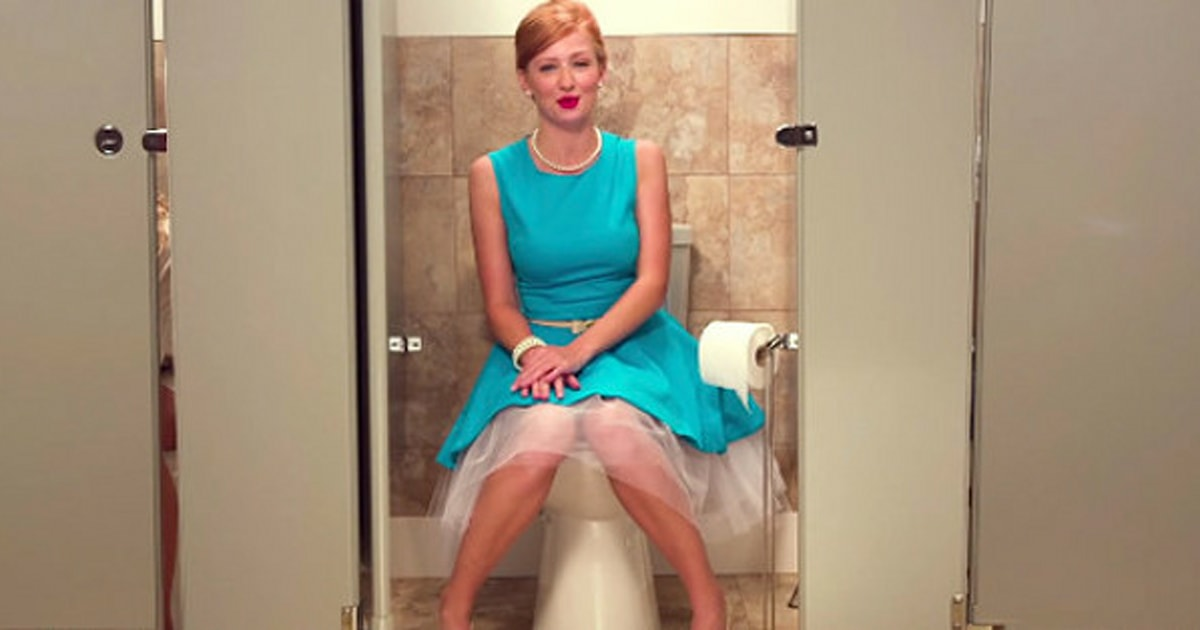 Pictures Of Women Pooping
