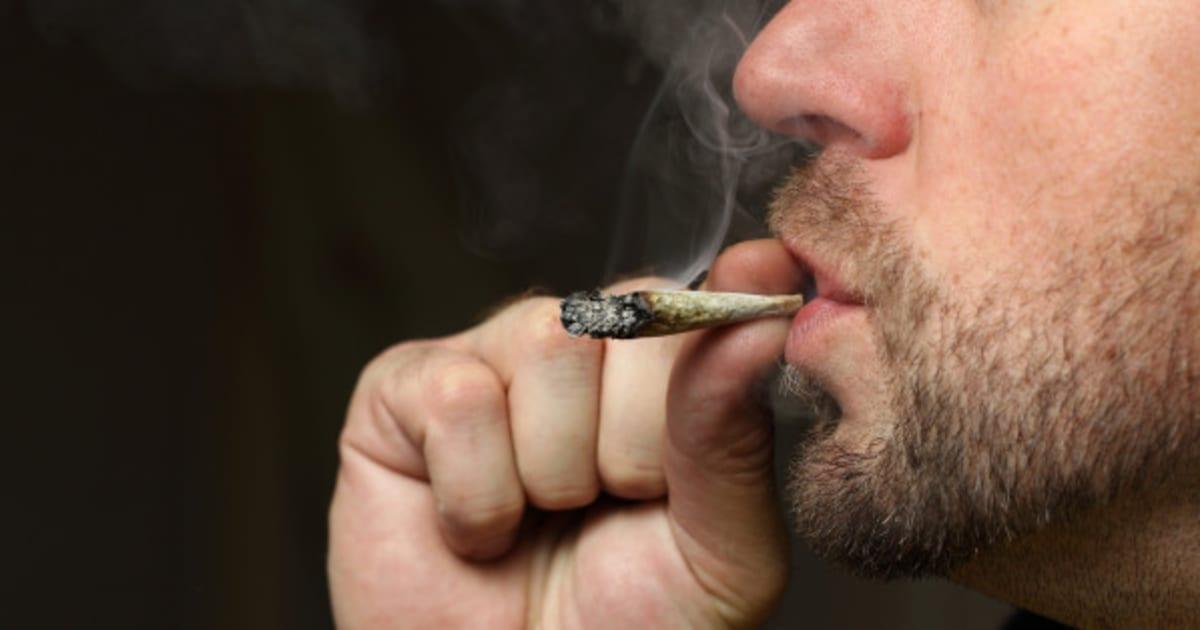 Comme persuader la personne pour que lui a cessé de fumer pour toujours les réponses