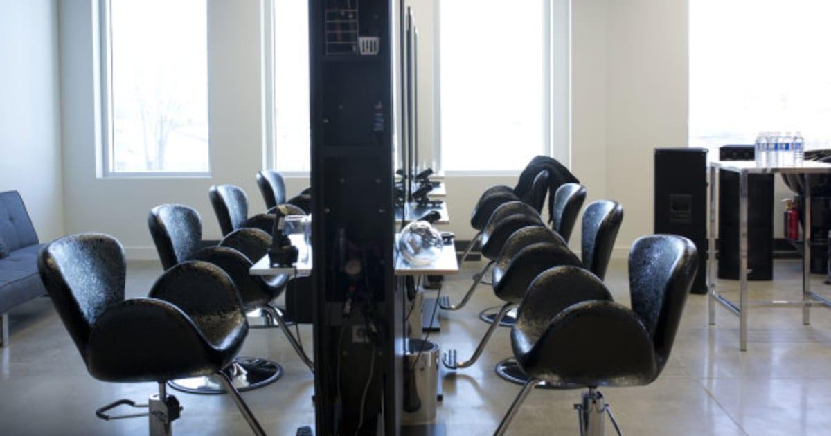 Notre top 8 des salons de coiffure qu bec photos for Salon de coiffure martigues