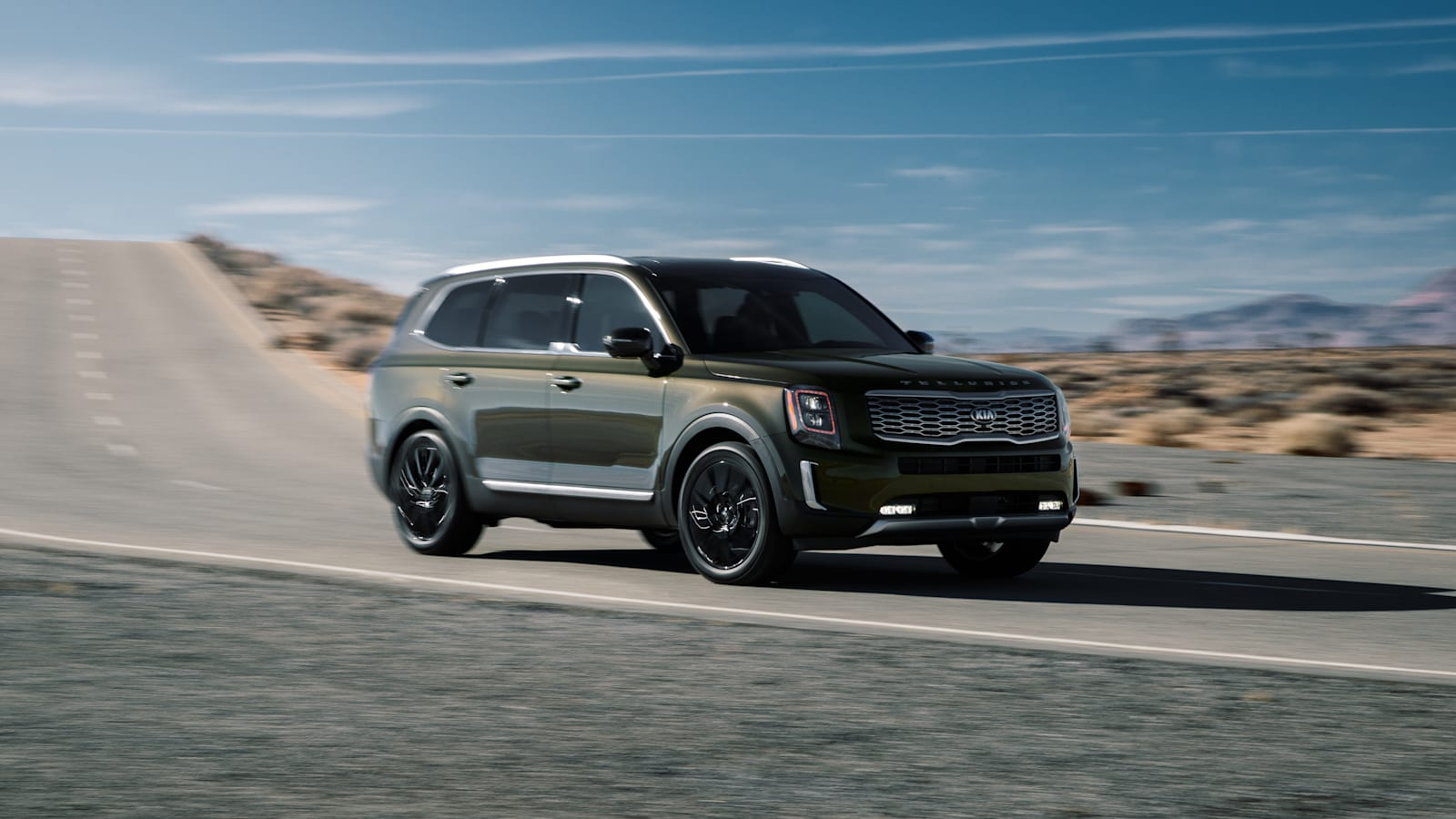 New Kia Telluride crossover driving shot