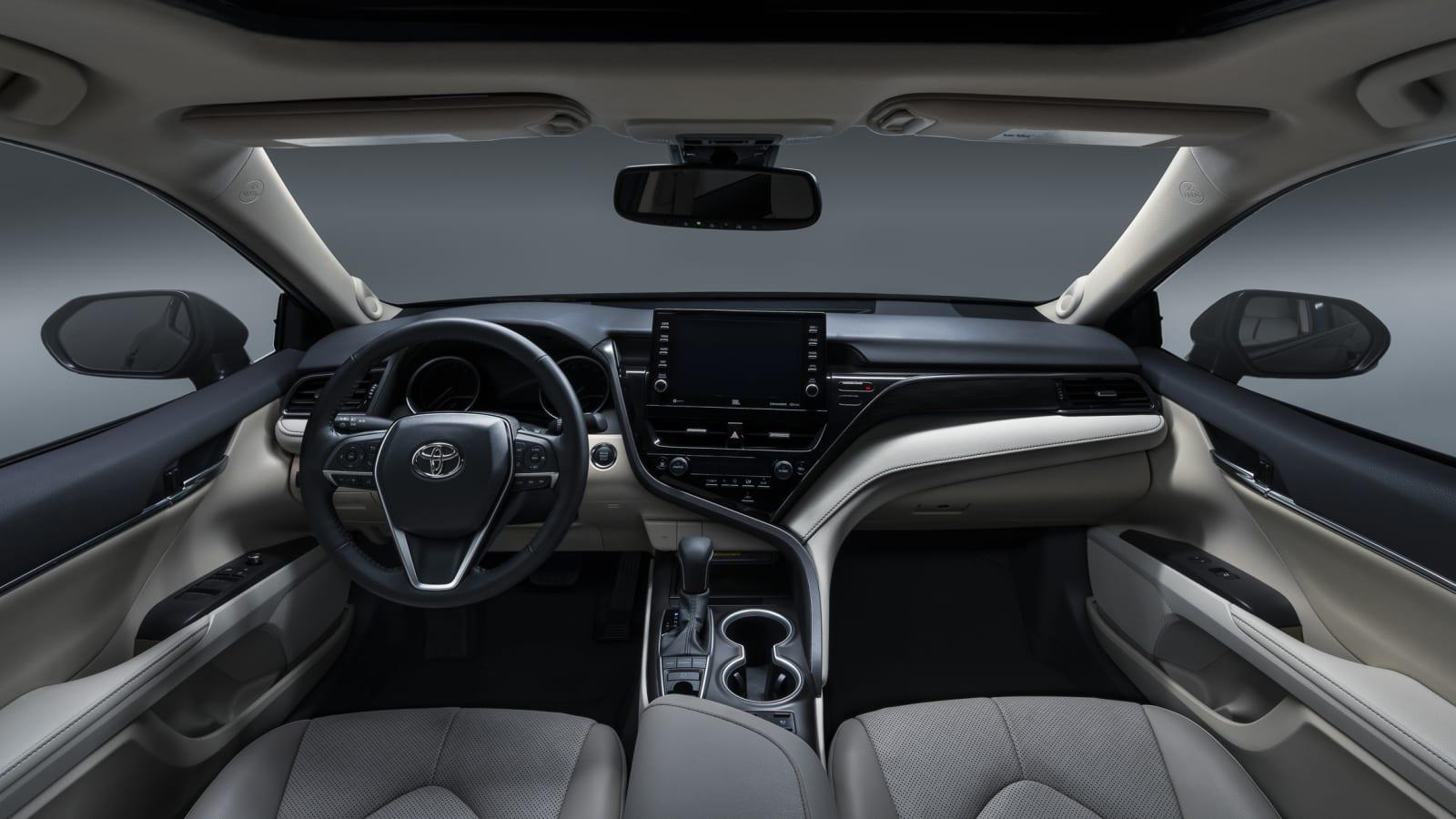 Sport Inside Toyota Camry 2019 Sport
