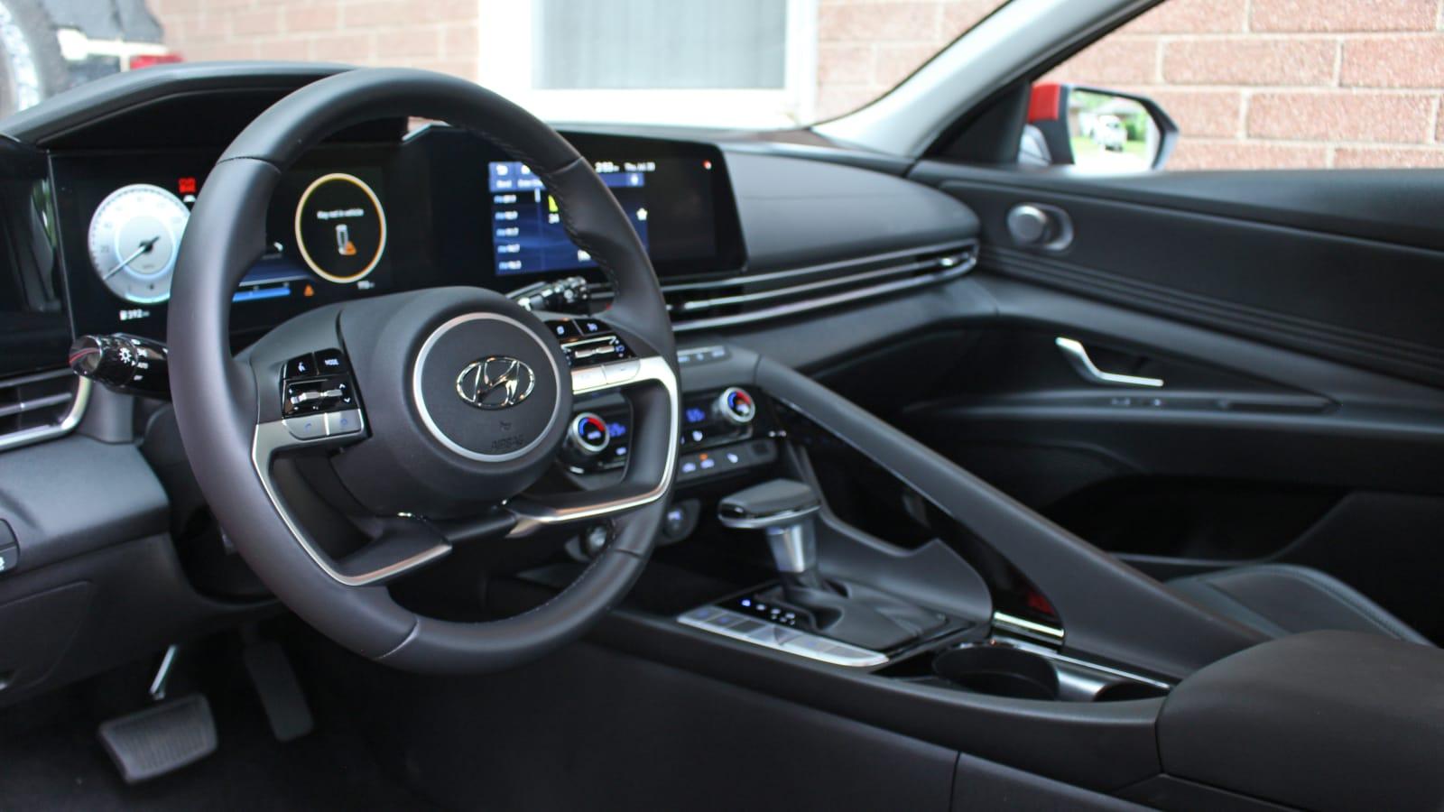 2021 Hyundai Elantra Review   Was ist neu, Preis, Sicherheit, Hybrid MPG