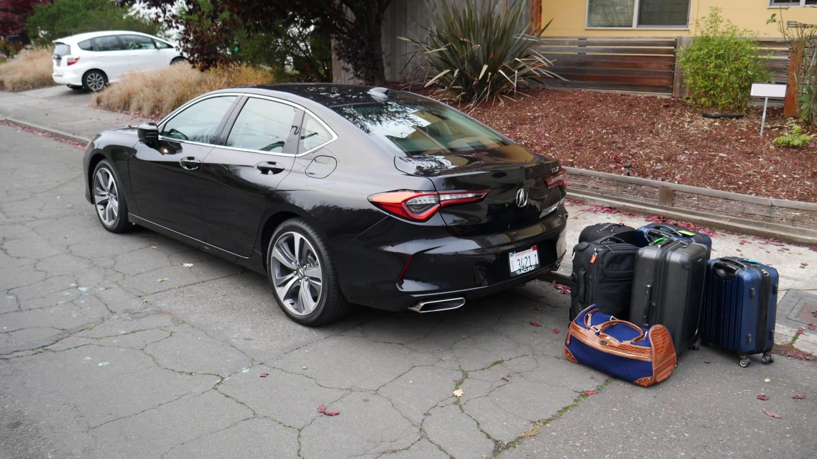 2021 Acura TLX luggage test