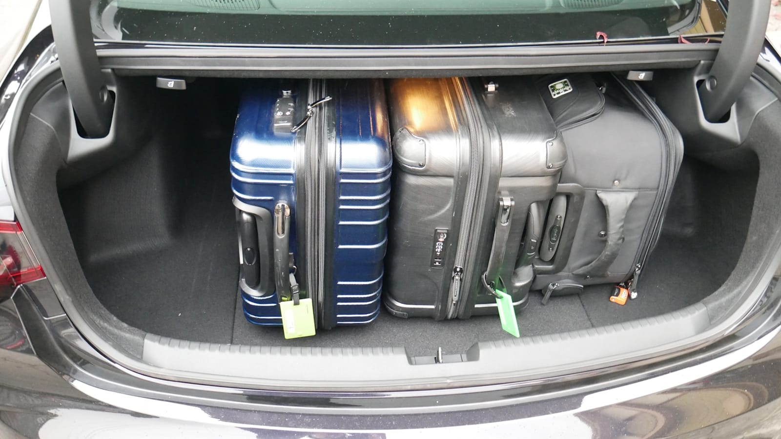 2021 Acura TLX luggage test bags on side