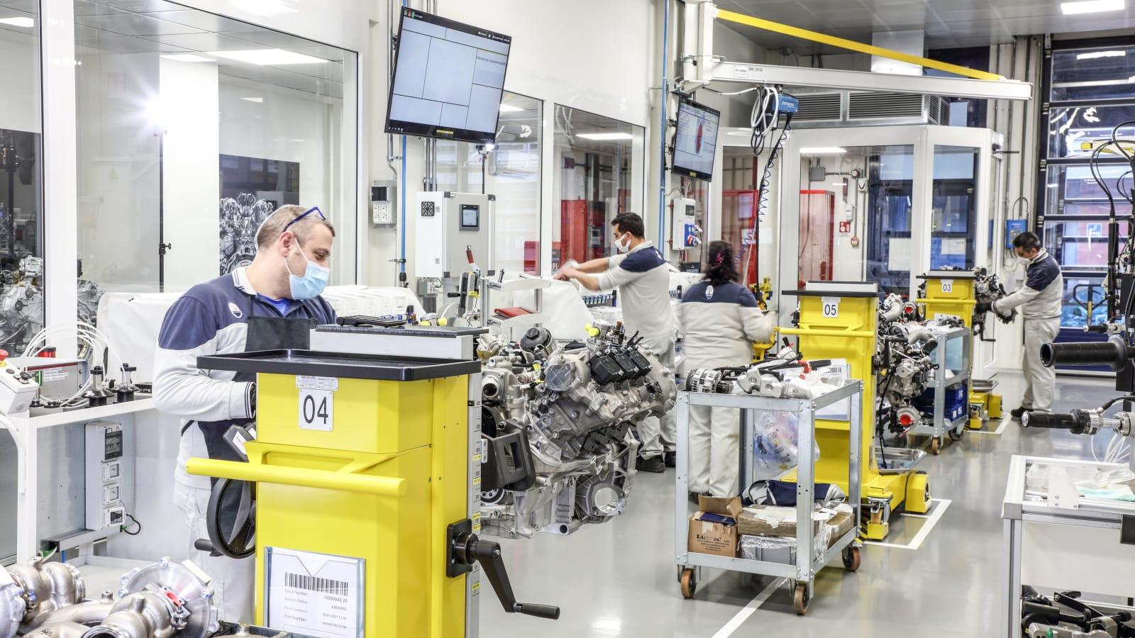 Новый Nettuno V6 Maserati MC20 - образец высоких технологий