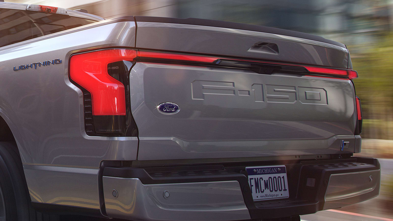2022 Ford F-150 Lightning tailgate