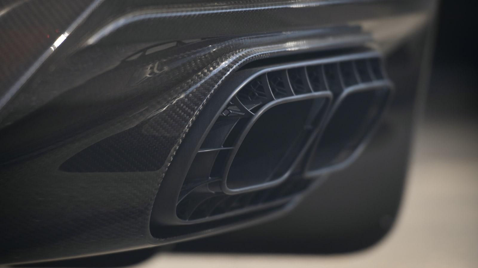 Bugatti Chiron Pur Sport 221
