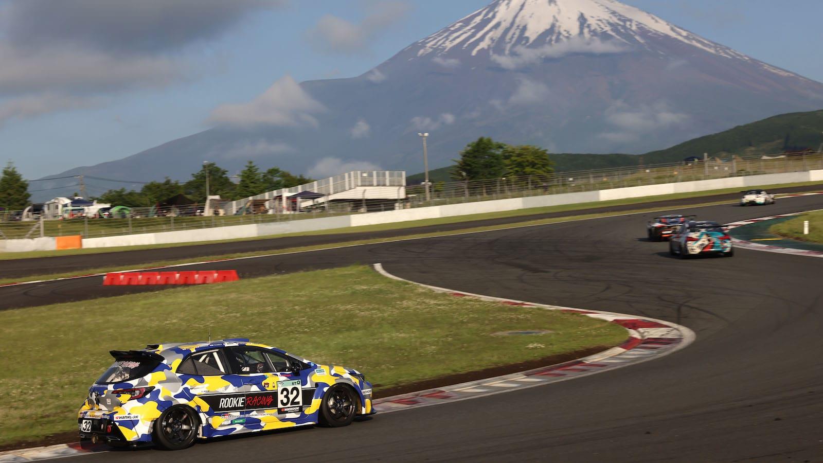 Toyota Corolla Sport Hydrogen race car 041