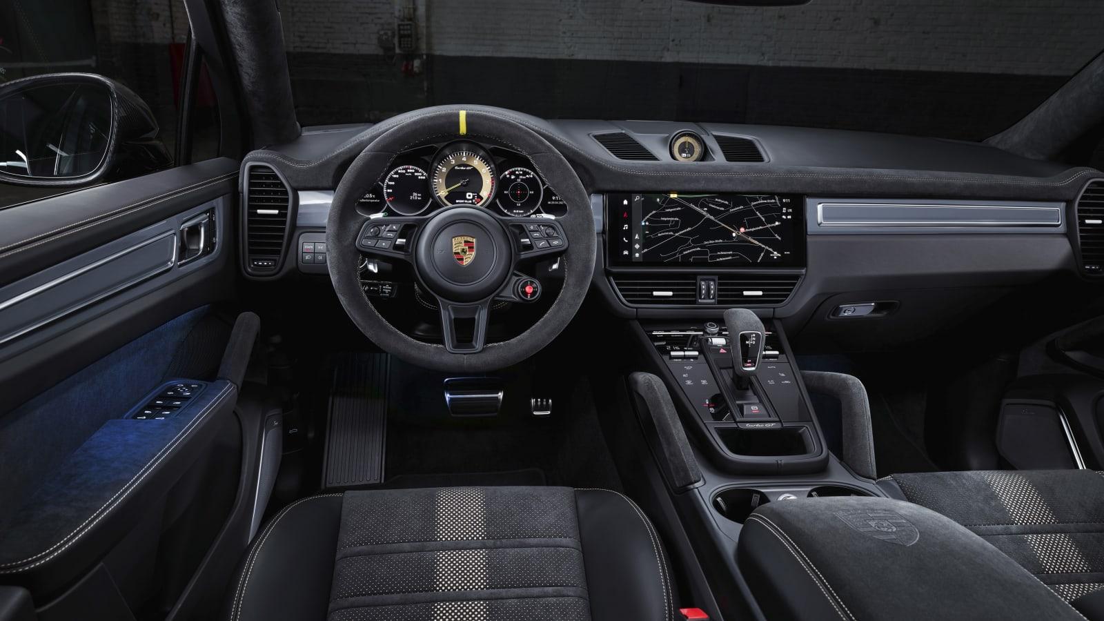 Porsche Cayenne Turbo GT 12