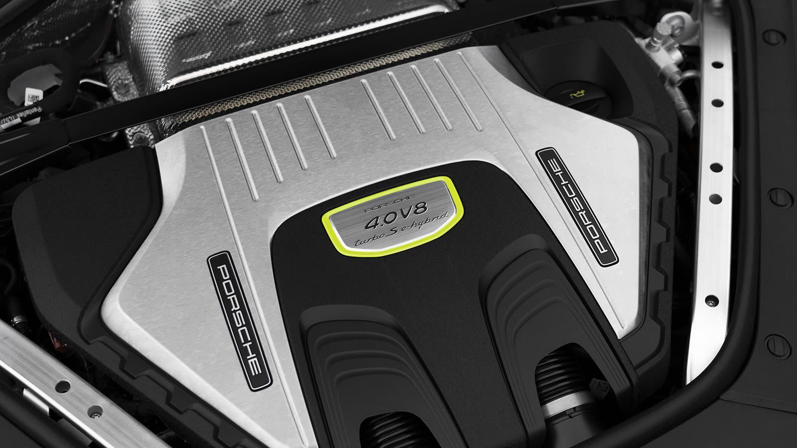 2021 Porsche Panamera Turbo S E-Hybride