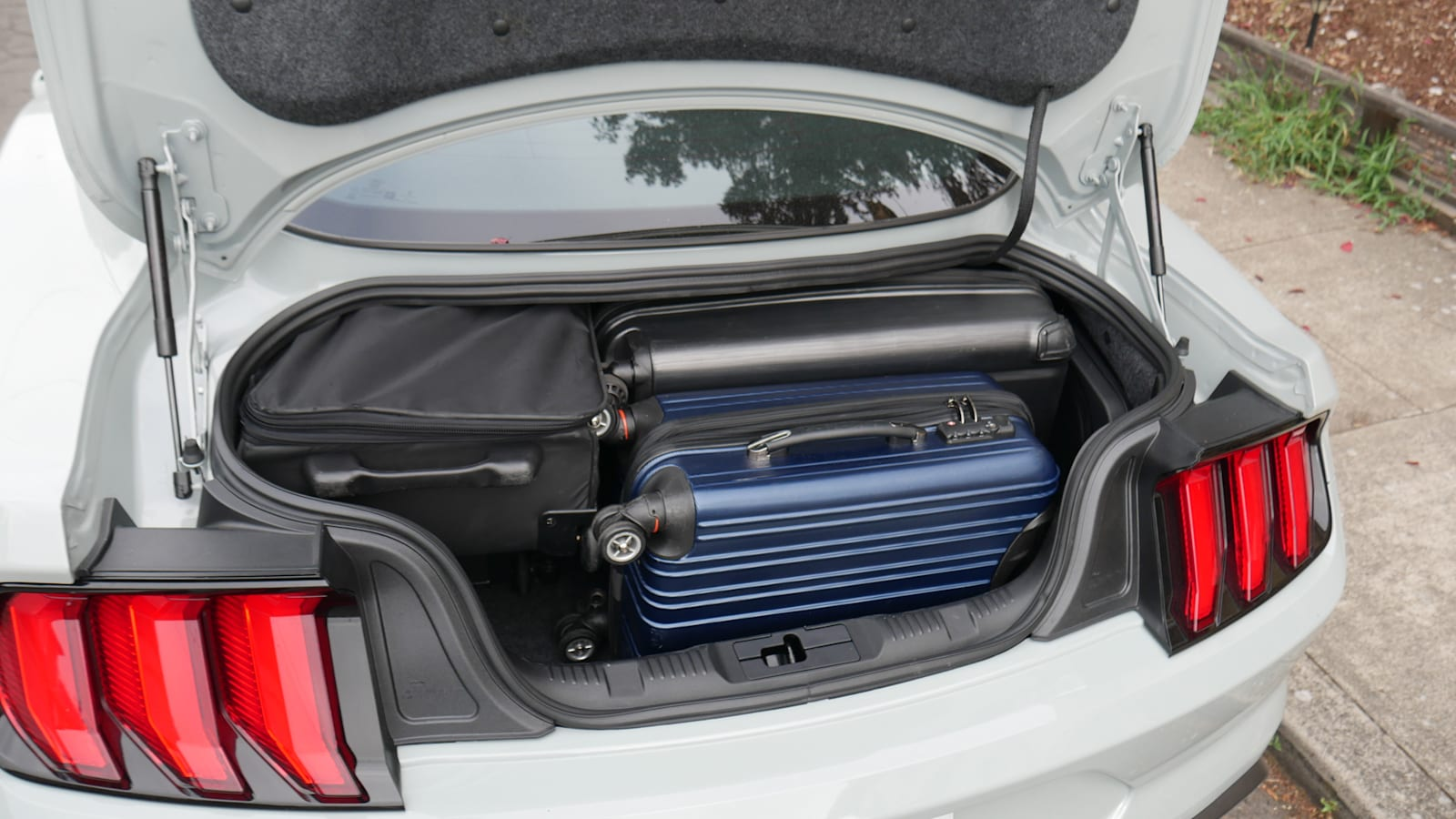 2021 Ford Mustang Luggage Test all the bags fit