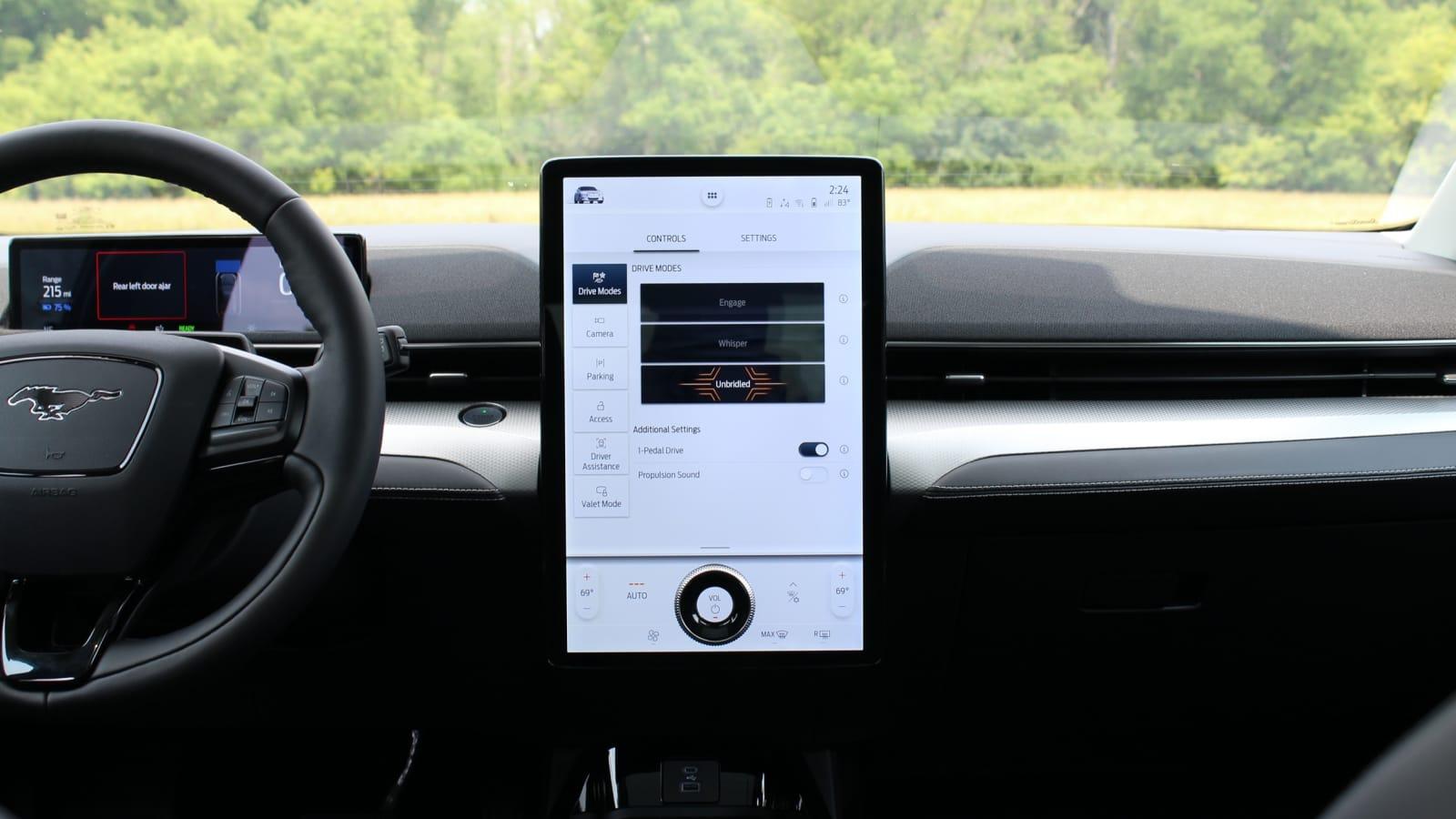 2021 Mustang Mach-E vs 2021 Volkswagen ID.4 Comparison Test