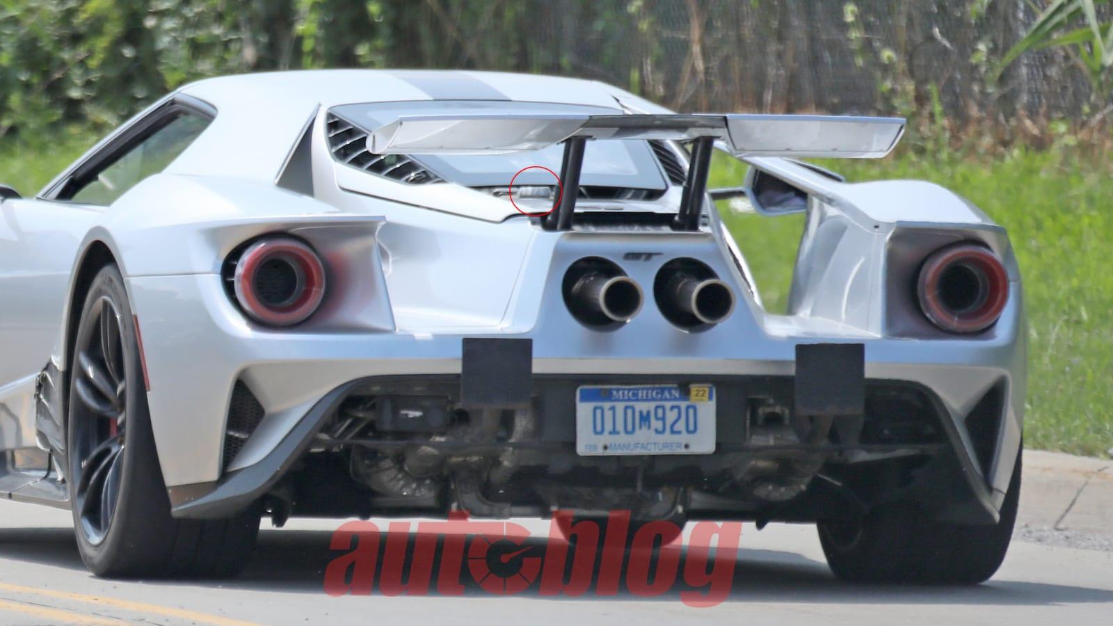 Ford GT Testfahrzeug gesichtet, und Gerüchte über einen neuen Motor machen die Runde