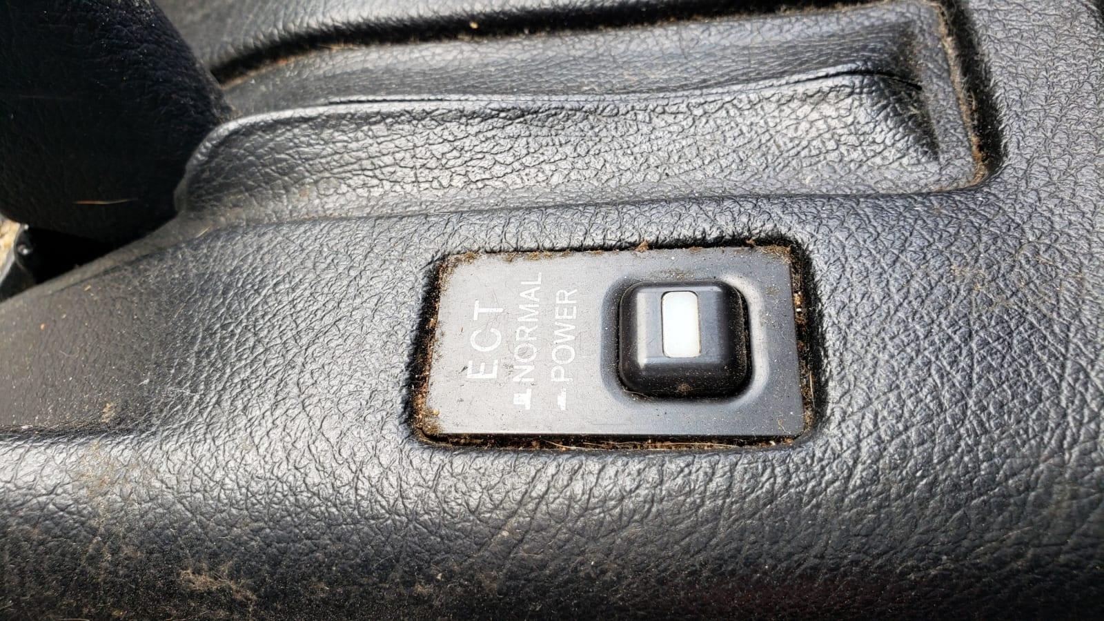 Schrottplatz-Perle: 1991 Lexus ES 250€