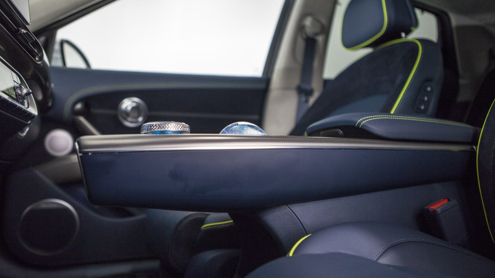 12 cool features of the Genesis GV60