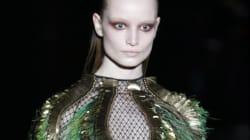La dark lady di Gucci, tacchi e femminilità solenne