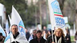 Comunista e pericoloso. Berlusconi chiude all'attacco su