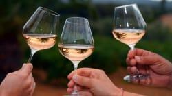 Alcool: les Français boivent moins mais dépensent