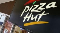 Pizza Hut livre en 30 minutes mais recrute en 140