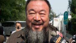 Ai Weiwei se met au heavy