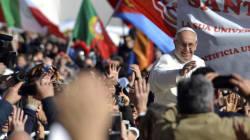 Un Papa ecologista e papà, custode dell'umanità e del creato (FOTO,