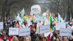 Plusieurs milliers de manifestants pour une
