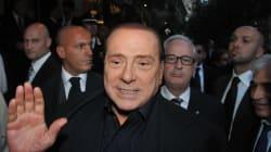 Silvio Berlusconi offre una rosa (di nomi) rossa (del Pd) a Bersani pur di evitare Romano