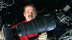 WATCH: How Hadfield Takes Those AMAZING Space