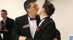 In Colorado entra in vigore la legge che permette le unioni civili gay. E a Denver decine di coppie dicono
