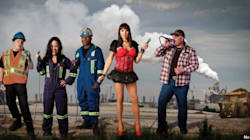 'Oil Sands Karaoke' Finds Music (And A Drag Queen) In Fort