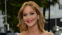 Jennifer Lawrence monte les