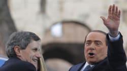 E alla fine Alemanno, il finto duro che non voleva Silvio candidato premier, canta