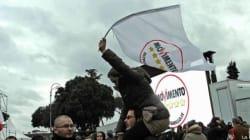 Grillo cerca di fidelizzare al massimo il gruppo M5s (FOTO,