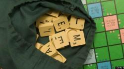 Le champion du monde de Scrabble francophone... ne parle pas