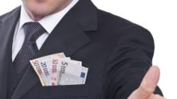 I 143 mila politici italiani costano 1,9