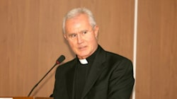 Ior, monsignor Scarano assolto da corruzione, condannato a 2 anni per