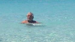 Beppe si rilassa al mare