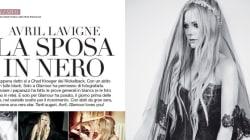 Avril Lavigne sposa dark. Abito di tulle nero per le nozze