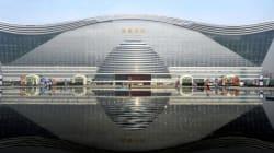 Le plus grand bâtiment du monde ouvre ses portes à Chengdu