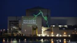 Des militants Greenpeace dans une centrale de la