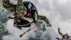 La chienne qui sautait en parachute